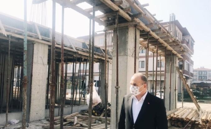 Başkan Özlü, İtfaiye inşaatını inceledi