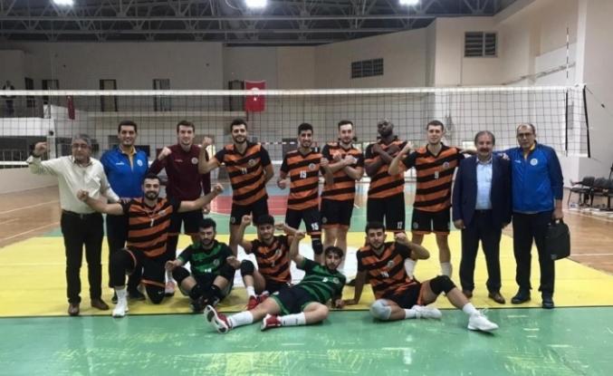 Malatya Büyükşehir Belediyespor Voleybol takımı 3-0 ile güldü