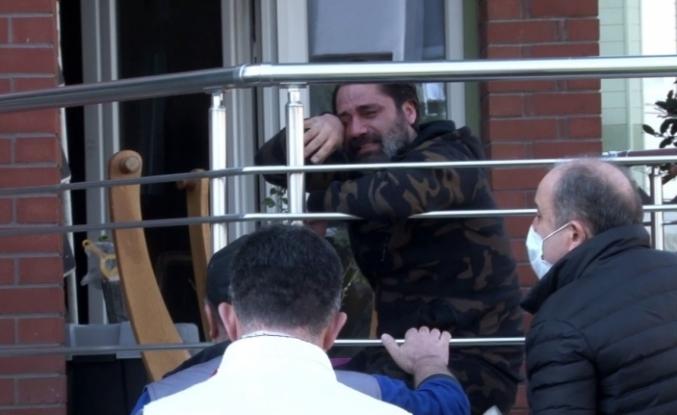 (ÖZEL) Beylikdüzü'nde şarkıcı Çılgın Sedat'ın evinde yangın çıktı