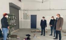 Tufanbeyli'de öğrenciler kızak üretiyor