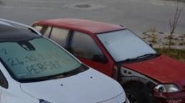 Soğuktan araçların camları dondu
