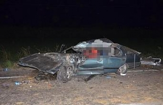 Aydın'da, biçerdöver ile 3 otomobil çarpıştı:...