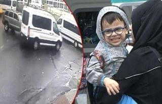 Engelli öğrencileri taşıyan minibüse cip çarptı:...