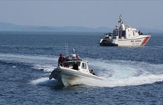 Göçmenler batan bottan kurtarıldı
