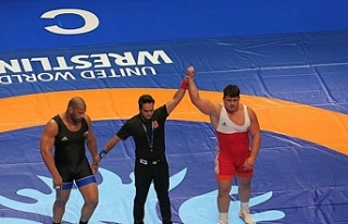 Milli sporcu Rıza Kayaalp finale yükseldi