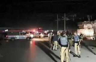 Pakistan'da 2 ayrı patlama: 1 ölü, 12 yaralı