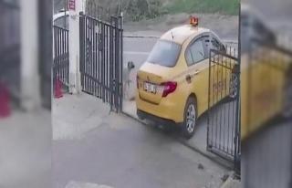 """Tepki yağdı... Yavru köpek """"Taksi""""den..."""