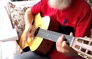 Mehmet Amca'dan 'evde kal' şarkısı