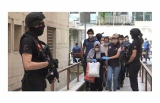 Bursa'da illegal dershane kurup faaliyetine devam...