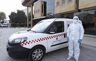 """Adana'da """"Pozitif Taksi""""den bin 312 kişi..."""