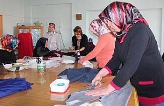 Alaşehir'in 87 mahallesinde halk eğitim kursları...
