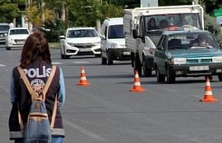 Bayburt'ta trafiğe kayıtlı araç sayısı Ocak...