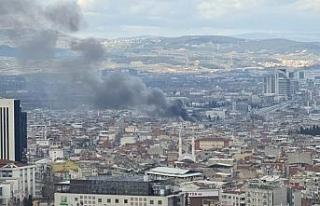 Bursa'da büyük yangın...Dumanlar gökyüzünü...