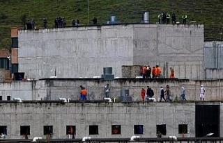 Ekvador'da 3 hapishanede çıkan isyanda can kaybı...