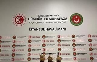 İstanbul Havalimanı'nda sıvı kokain ele geçirdi