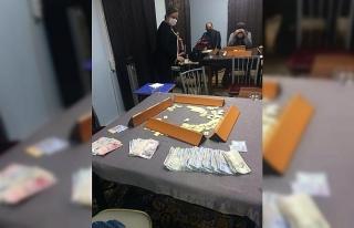Kumar oynayanlara 692 bin lira para cezası