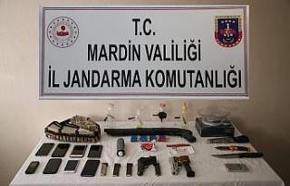 Mardin'de uyuşturucu çetesine jandarmadan şafak...