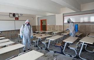Melikgazi Belediyesi eğitim öncesi okulları dezenfekte...