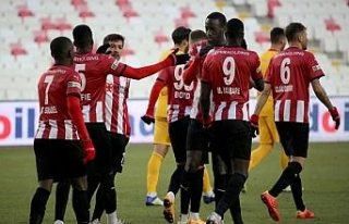 Sivasspor, ligde 7. galibiyetini aldı