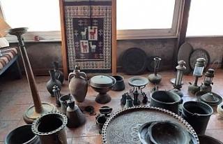 Tarihi eser kaçakçısı, evini müzeye çevirmiş