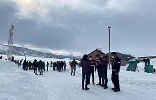 Tunceli'de kayak merkezini sadece konaklayanlar...