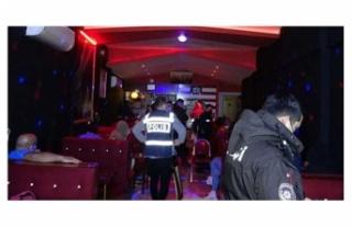 İzmir'de eğlence mekanına koronavirüs baskını:...