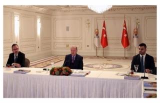 Cumhurbaşkanı Erdoğan, gençlerle video konferansla...