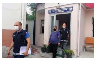 Türkiye'ye giriş yasağı bulunan Suriyeli, yakalanıp,...