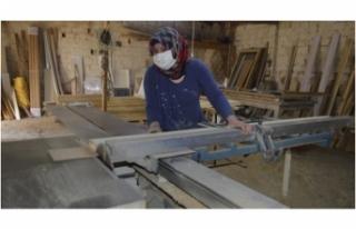 Üç çocuk annesi marangoz ustası 'Canan Usta'
