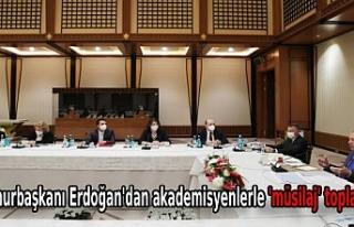 Cumhurbaşkanı Erdoğan'dan akademisyenlerle...