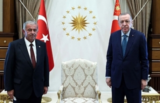 Erdoğan, KKTC Cumhuriyet Meclisi Başkanı Sennaroğlu'nu...