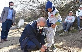 Başkan Kayda çocukları sevindirdi