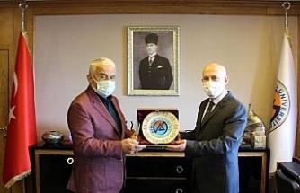 Başkonsolos Japaridze Avrasya Üniversitesini ziyaret etti