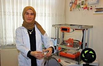 Evindeki laboratuvarda geliştirdiği cihaz hastalıklara umut olacak