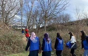 Gençlik Merkezi Gönüllü Gençlerle birlikte doğa yürüyüşü düzenledi