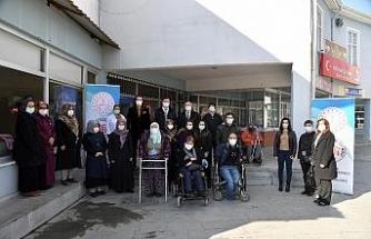 Isparta'da engellilere yönelik trikotaj kursu açıldı