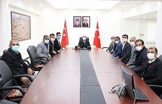 Mardin Valisi Demirtaş, muhtar heyetini kabul etti