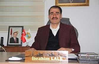 Yıllardır hizmet gitmeyen ilçe AK Partili başkanın dev projeleri ile küllerinden doğuyor