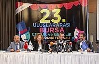 Tiyatronun coşkusu Bursa'yı sardı