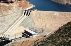 Baraj kapağı koptu, sel uyarısı yapıldı