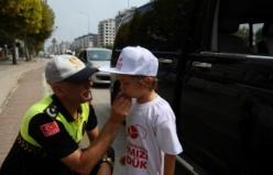 Bursa trafiğinin yeni görevlileri... Kırmızı düdüklü bu çocuklara dikkat!
