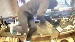 Şişli'de filmleri aratmayan döviz bürosu soygunu