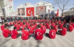 Bursa'da kahramanlara duygusal anma
