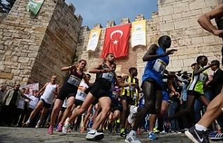 Bursa'da tarihi kent koşusu
