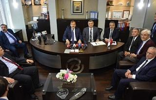 Başbakan Yardımcısı Çavuşoğlu çok sert konuştu:...