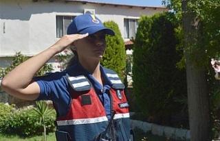 Türkiye'nin ikinci kadın karakol komutanı...