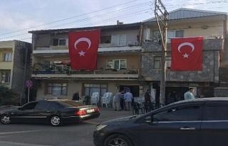 Bursa'ya şehit acısı düştü...Evine bayrak...