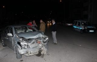 Bursa'da iki aracın çarpışmasıyla anaokulu...