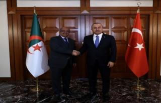 Bakan Çavuşoğlu: 'Terör örgütlerine destek verenler...