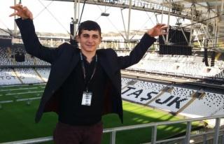 İşitme engeli gence Beşiktaş'tan büyük jest